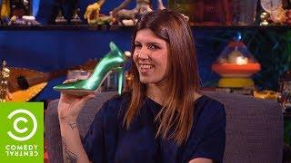 Saverio Raimondo: I piedi di Daniela Collu intervistati - CCN - Comedy Central