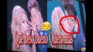 Beso mega romantico Karol le gusta tanto el beso de Ruggero que quería más uno Show en Brasil