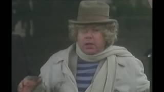 JEKYLL TENTA DI FARE DELLE BUONE AZIONI (Paolo Villaggio) - Dottor Jekyll e gentile signora