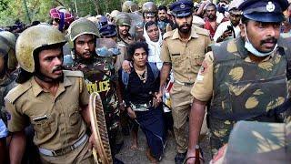 India, donne entrano nel tempio sacro indù: proteste