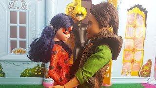 Chat Noir dichiara il suo amore a Ladybug ???? [Miraculous Fantasy - Episodio 8]