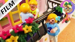 Playmobil film italiano IL PRIMO FIDANZATO FISSO DI MAMMA - papà si arrampica sul balcone   famiglia