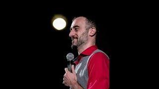 TINDER MI HA RESO UNA PERSONA MIGLIORE - Standup Comedy