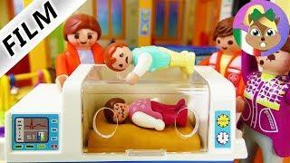Playmobil film italiano|EMMA PRIMO GIORNO ALL'ASILO - bimba va all'ospedale| famiglia Vogel