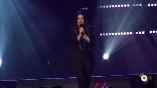 Laura Pausini - Está.Allá  |  Hazte sentir World Tour