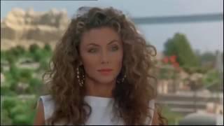 Gigi Sammarchi e Eleonora Brigliadori a Rimini. Film 1987 cult italiano commedia