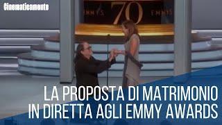 La Proposta di Matrimonio agli Emmy in diretta di Glenn Weiss - Italiano