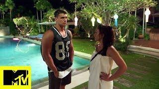 Yuri cerca di riconquistare Federica (con scarsi risultati) | Ex On The Beach Italia (episodio 3)