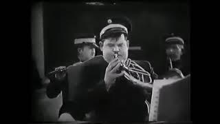 Sigla di apertura film SOS Stanlio & Ollio (1967) in italiano
