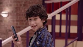 New School - Episodio 7 - La battaglia dei selfie